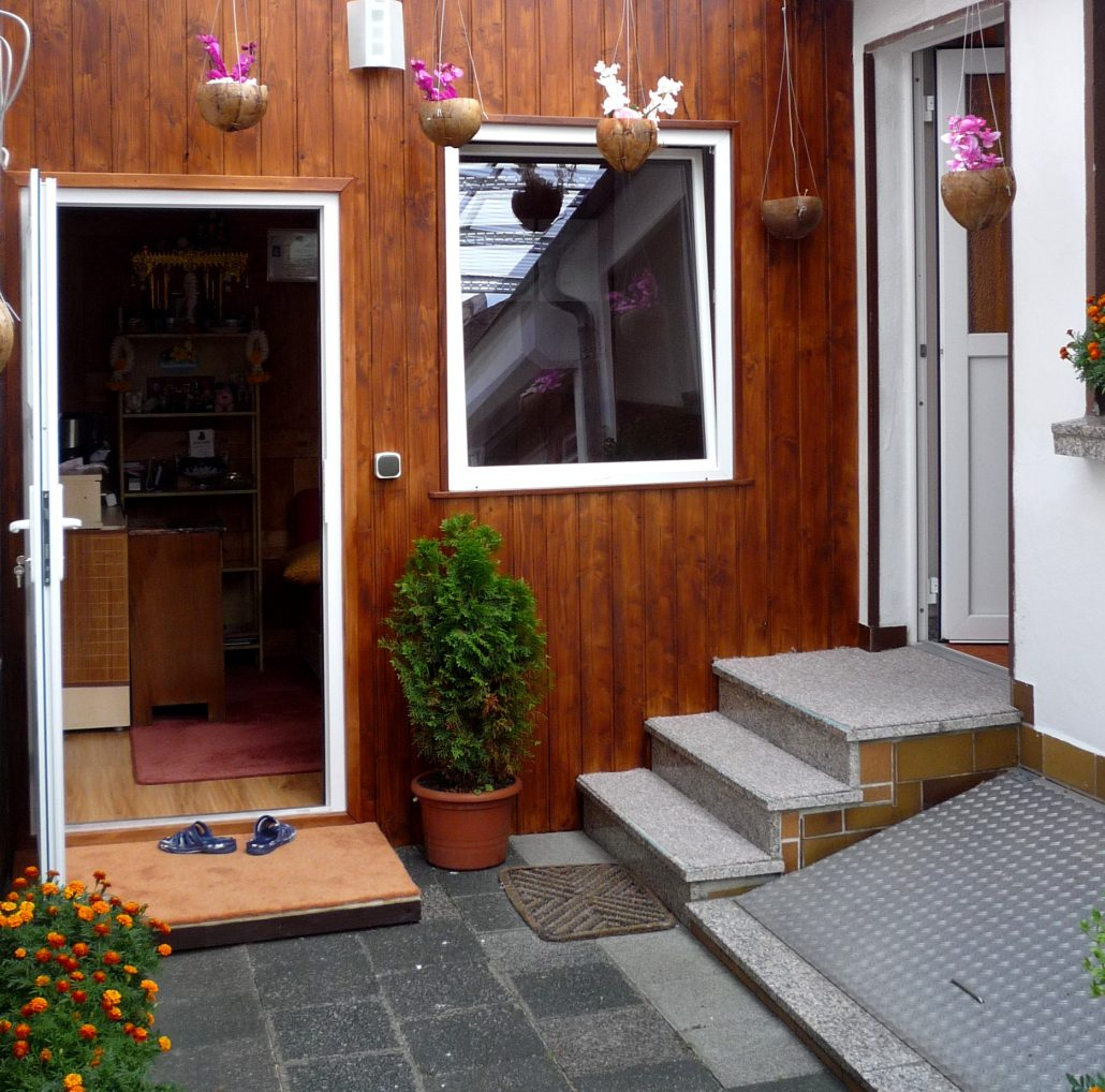 thaimassage frankfurt griesheim jede massage nur 25 pro stunde. Black Bedroom Furniture Sets. Home Design Ideas